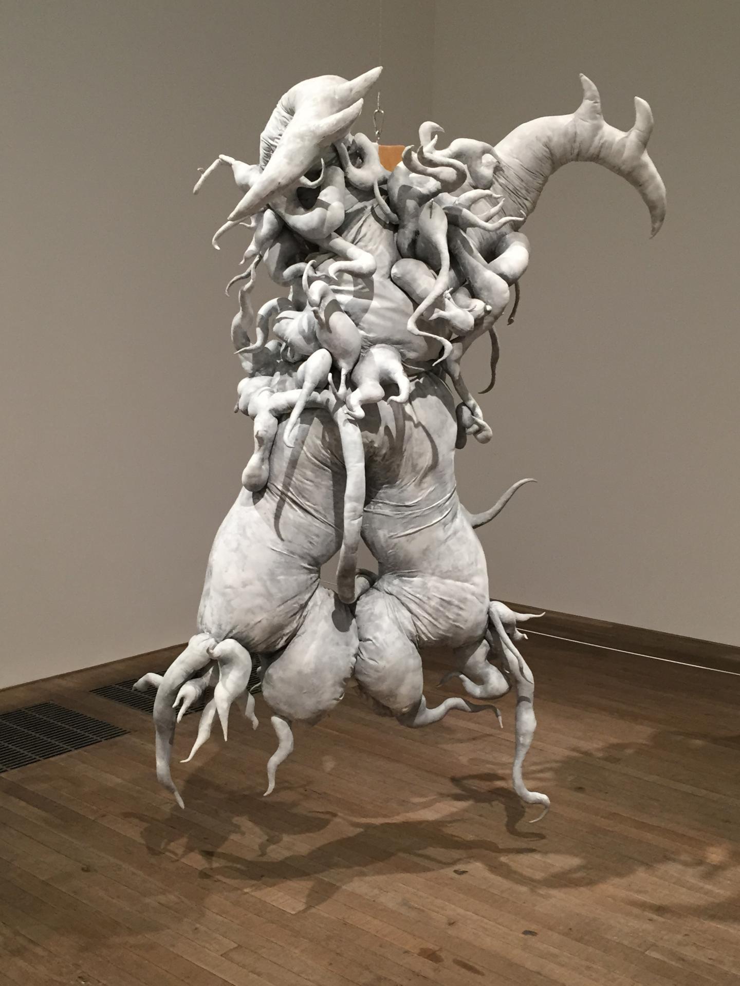 LONDRES. L'artiste coréenne Lee Bul, Tate Modern