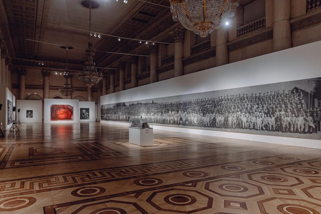 Chinese atist Zhang Huan at Hermitage Museum, Russia